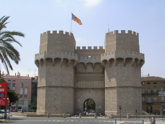 Сторожові вежі Torres de Serranos